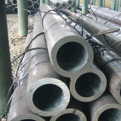 ASTM A335 P5 Seamless Pipes & Tubes